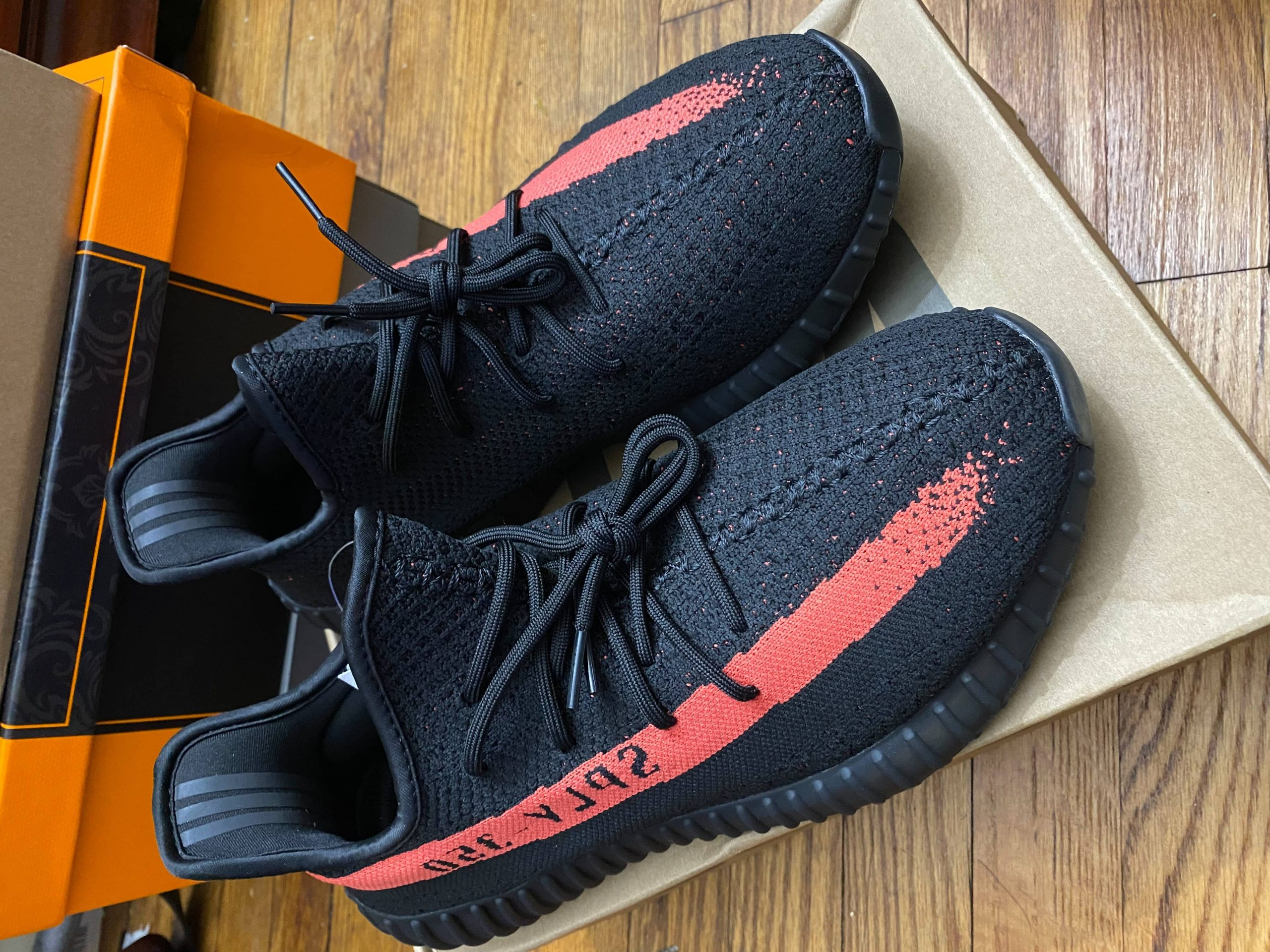 Yeezy  Boost 350 V2 Red photo review