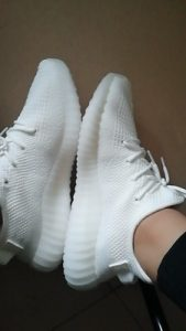 Yeezy  Boost 350 V2 Triple White photo review